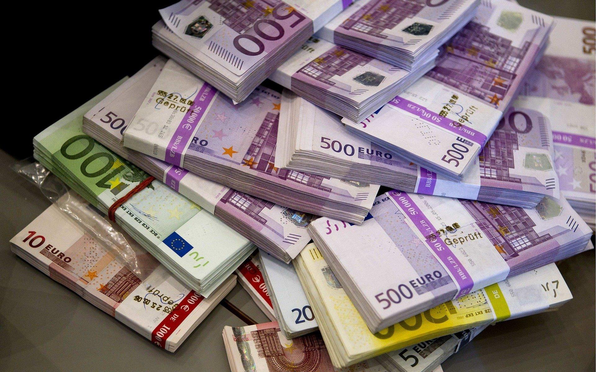 Bargeld und Bedeutung vom Geld